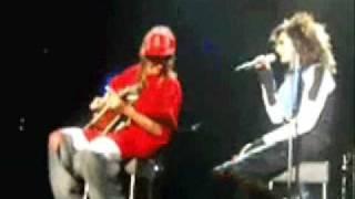 getlinkyoutube.com-cute Bill & Tom moments onstage