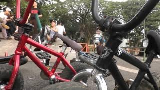 getlinkyoutube.com-Komunitas Sepeda Kate di Bandung -NET24
