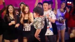 getlinkyoutube.com-T♔ARA ( 티아라 ) Funny Dance Part..1