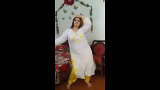Aunty hOt figure Program dance width=