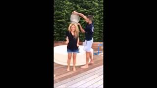 getlinkyoutube.com-Shakira Ice Bucket Challenge