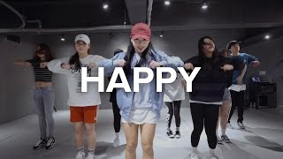 getlinkyoutube.com-Happy - Pharrell Williams / Sori Na Choreography