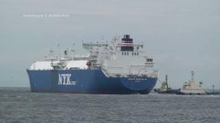 getlinkyoutube.com-NYK LNG TANKER  SHIP GRACE BERLERIA  堺泉北港 出港