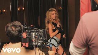 getlinkyoutube.com-Shakira - Chantaje - Behind the Scenes ft. Maluma