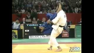 getlinkyoutube.com-JUDO 2004 Tournois de Paris: Tomoo Torii 鳥居 智男 (JPN) - David Margoshvili (GEO)