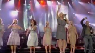 getlinkyoutube.com-CELINE DION-celine chante avec ses freres et soeurs