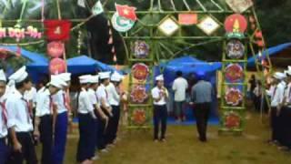 getlinkyoutube.com-Lớp 8A4 _THCS Hoài Thanh Tây_Thuyết trình cổng trại_ 26.3.2011.flv
