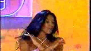 E o Tchan y Carla perez dançando tchu tchuca
