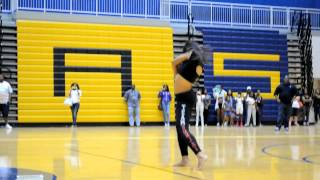 getlinkyoutube.com-Sunjai vs. Kayla Stand Down at the Let's Dance Tour DMV Style - Please Subscribe