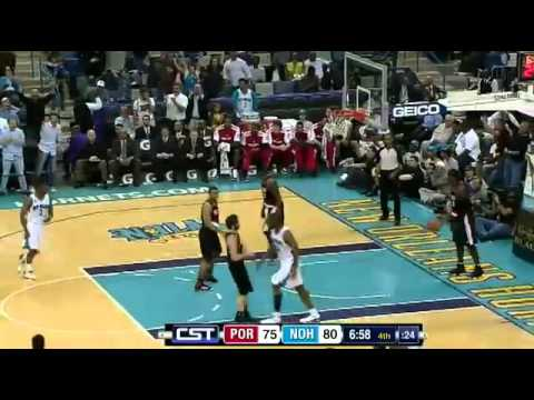 Dunk of the Night: Willie Green (6ft.3) NASTY One-Handed Putback Dunk against the Blazers