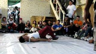 getlinkyoutube.com-Bboy Reveal in Small Time Crook 1