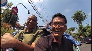 Naik Becak di Surabaya Part.1 YDXJ0577