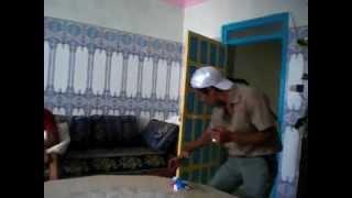 getlinkyoutube.com-Achefar 'n Shampoo - Marokkanen maken ruzie om shampoo (Met ondertiteling)!
