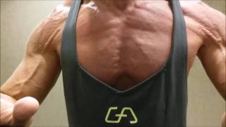getlinkyoutube.com-POSING  MY  RIPPED   CHEST   JANUARY  19- 2017