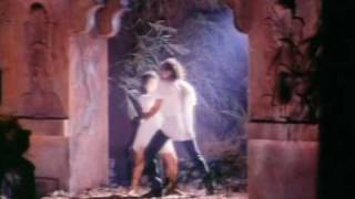Barsaat 1995 ( Video song) :Love Tujhe Love Main