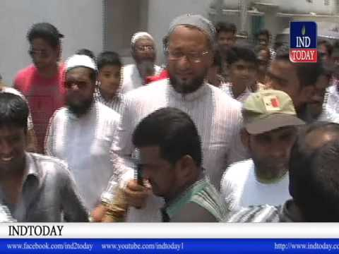 Hyderabad MP Asad owaisi and Malakpet MLA Ahmed Balala Road Show in Malakpet areas