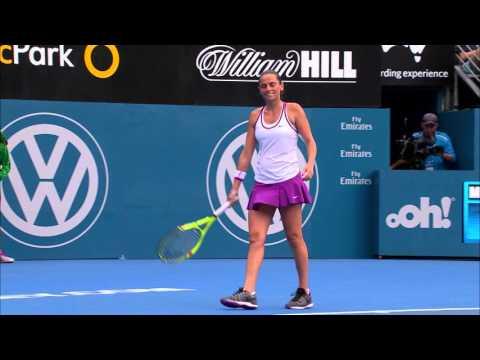 Sam Stosur v Roberta Vinci highlights (1R) | Apia International Sydney 2016