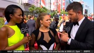 getlinkyoutube.com-Ronda Rousey wins  Best Fighter at the 2015 ESPY's then fires shots at Floyd Mayweather jr