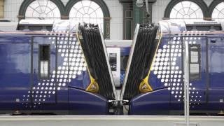 getlinkyoutube.com-Class 380 coupling