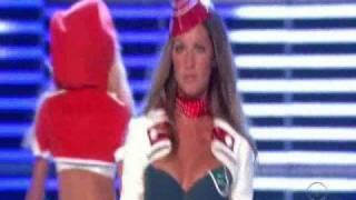 getlinkyoutube.com-Brazilian Angels - The Victoria's Secret Fashion Show 2006