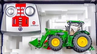 getlinkyoutube.com-RC tractor John Deere gets unboxed and dirty for the first time!
