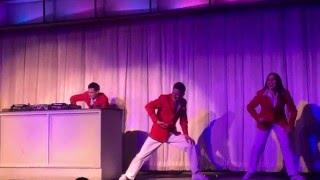getlinkyoutube.com-Butlins Skegness February 2016 - Red coats party dances show