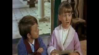 getlinkyoutube.com-Mary Poppins - La Tata Perfetta.
