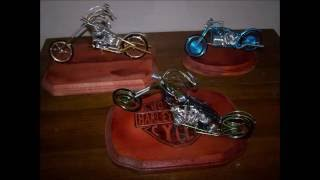 getlinkyoutube.com-The wire... Mas figuras de alambre mis comiensos