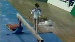 getlinkyoutube.com-Gina Gogean - 1994 Gold Gymnastics Spectacular - Balance Beam