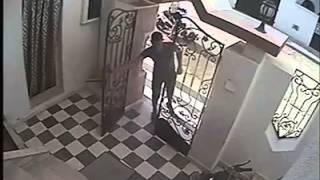 getlinkyoutube.com-رمضان تونس 2014 - سرقة درّاجة ناريّة في وضح النهار