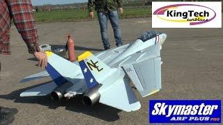 getlinkyoutube.com-GIANT SCALE RC F-14 (in-flight WING SWEEP demo)