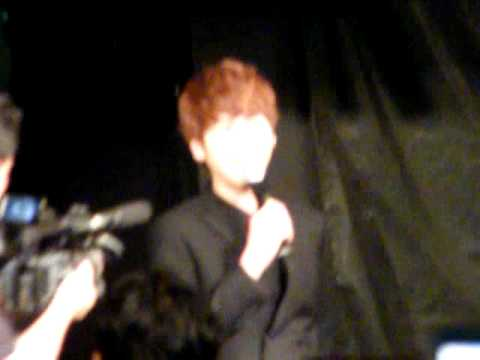 [Fancam] 110615 Kyuhyun singing @ Masita Press Conference