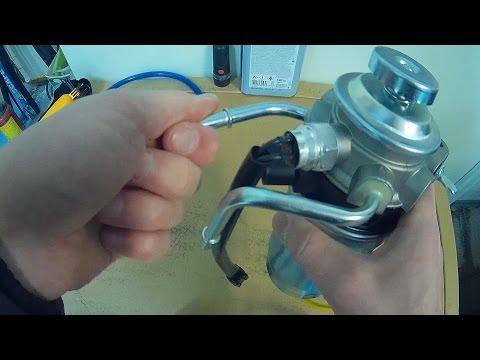 Где находится топливный насос в Hyundai Гранд Старекс