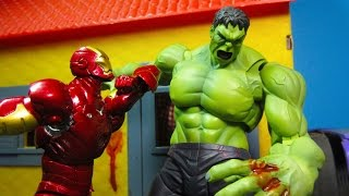 HULK VS IRON MAN STOP MOTION