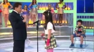 getlinkyoutube.com-Silvio Santos pede para Larissa beijar Thomaz