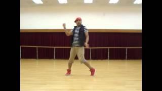 getlinkyoutube.com-Make Some Noise For The Desi Boyz | Desi Boyz | Akshay Kumar | by Master Santosh @ Hong Kong