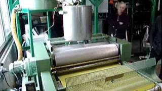 getlinkyoutube.com-Produkcja wezy z powierzonego wosku pszczelego