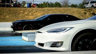 Hellcat Blows Parts Everywhere vs Tesla P100D Drag Racing!