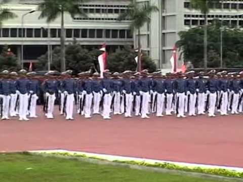 Kolone Senapan (Silent Drill Team) HUT TNI Ke 64