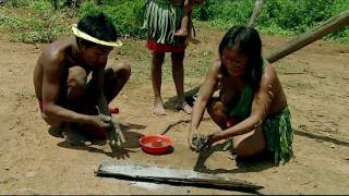 getlinkyoutube.com-Sanema Women. The Mountain of Mystery | Tribes - Planet Doc Full Documentaries