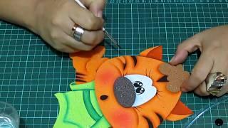 getlinkyoutube.com-DIY Gatito en Fomi, Goma Eva, Microporoso, Easy Crafts