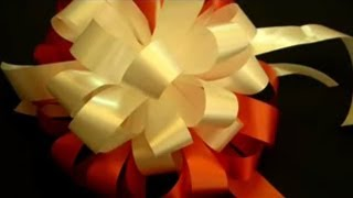 getlinkyoutube.com-Beautiful Ribbon Bow Gift Tutorial