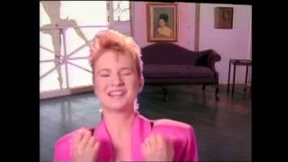 "getlinkyoutube.com-Nu Shooz - ""Point Of No Return"" (Official Music Video)"