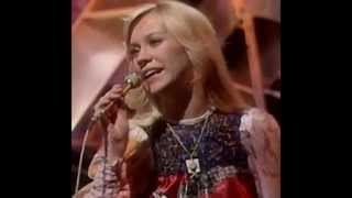 getlinkyoutube.com-AGNETHA - The most enchanting woman of all time