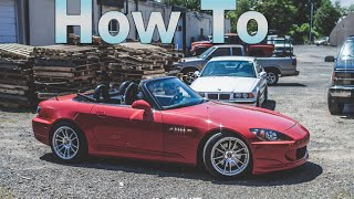 getlinkyoutube.com-How to install a Honda S2000 Hard Top - The GQM Garage Show