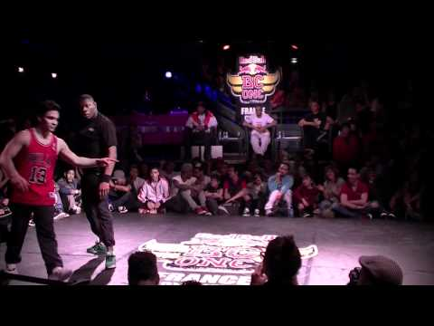 RED BULL BC ONE CYPHER FRANCE 2011 - BBOY MARCIO (Legiteam Obstruxion) vs BBOY JACKSON (Phaze T)