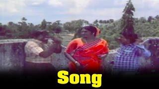 Veettukkari Movie : Adiyae Athi pazham Video  Song