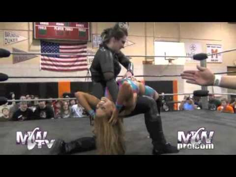 Reby Sky vs Jessicka Havok