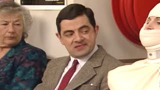 getlinkyoutube.com-Mr. Bean - The Hospital Visit