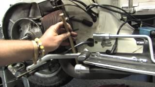 getlinkyoutube.com-Rebuild a Vespa P125 Motor Part 1: Engine Tear-Down